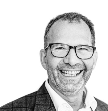 Dr. Matthias Kugler